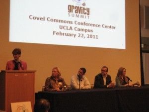 Panel Discussion (from left to right) Beverly Macy, Dr. Natalie Petouhoff, Patrick Srail (MySpace), Andrew Orci (ORCI Agency), Daphne Hart (American Red Cross)